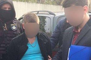 Следователя столичной полиции поймали на крупной взятке