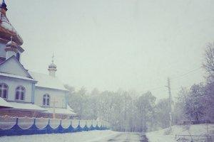 Снег добрался до западной Украины