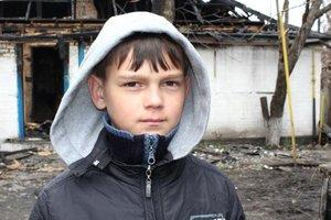 В Полтавской области мальчик героически спас из огня трех младших братьев