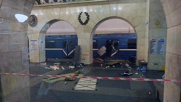 Мать «организатора теракта вПетербурге» назвала задержание его брата постановкой