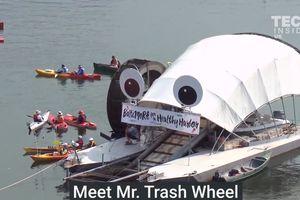 Видеохит: в США реки от мусора чистит механический монстр на солнечных батареях