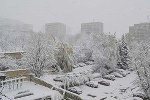 Непогода в Украине: без света остаются более 300 городов и сел