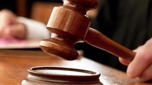 ВСоломенском суде, где избирают меру пресечения Мартыненко, продолжилось совещание