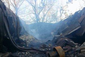 Химический пожар на Красноткацкой в Киеве: экологи пугают, что ЧП грозит онкологией