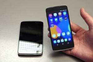 """В сеть попала первая """"живая"""" фотография нового смартфона Alcatel"""