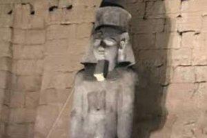 В Египте восстановили из осколков огромную статую фараона Рамcеса II