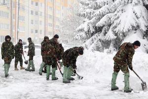 Как Молдову замело снегом: опубликованы фото и видео
