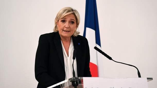 Фийон и Ле Пен спекулируют на теме теракта – премьер Франции