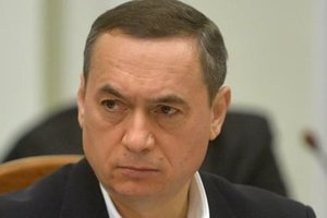 Взять на поруки Мартыненко согласились 15 нардепов и четыре министра