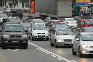 В центре Киева – транспортный коллапс из-за перекрытия Крещатика