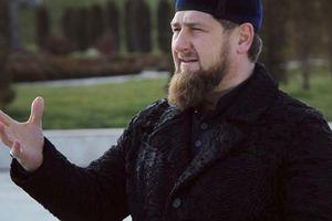 Кадыров предложил журналистам извиниться на коленях