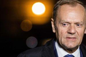 Макрон - самый проевропейский кандидат в президенты Франции - Туск
