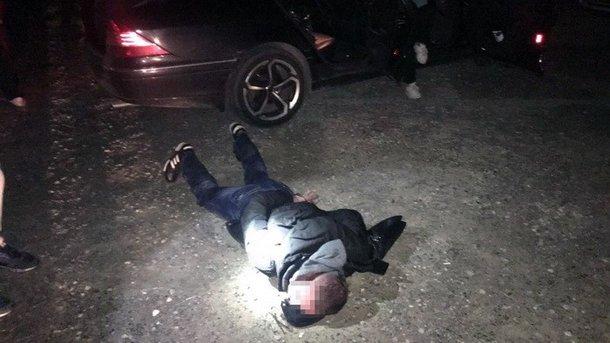 НаЗакарпатье задержали банду наркодилеров скрупной партией опия