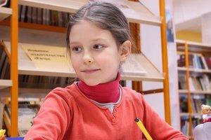 За лето ребенок может улучшить знания английского языка. Фото: pixabay.com