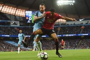 Яркие фото дерби Манчестера, в котором голов не забивали