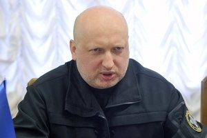 В Украине поднимает голову вооруженная организованная преступность - Турчинов
