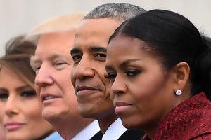 Мишель Обама объяснила недовольный взгляд на инаугурации Трампа