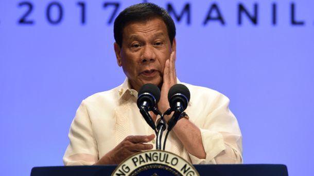 Трамп изумил Госдеп иСНБ, пригласив вгости президента Филиппин