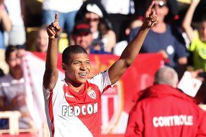 "Форвард ""Монако"" Мбаппе в свои 18 лет установил очередной рекорд результативности"