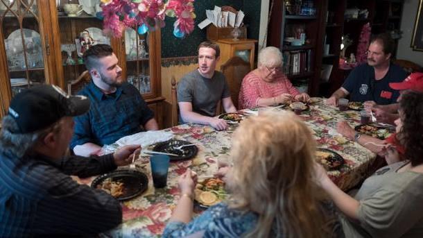 Цукерберг неожиданно приехал наужин к обыкновенной семье изОгайо