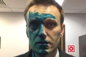 """Навальный: """"Не сомневаюсь, что нападения на меня организовали в Кремле"""""""