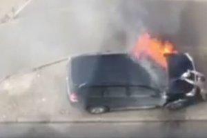 В Киеве сожгли джип журналистки: опубликовано видео