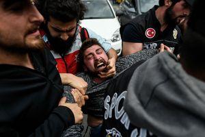 Первомай в Турции: уличные бои и слезоточивый газ