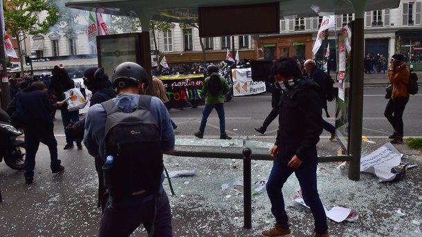 Впервомайском Париже начались беспорядки
