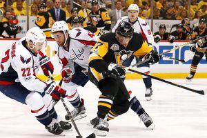 """Плей-офф НХЛ: """"Вашингтон"""" обыграл """"Питтсбург"""""""