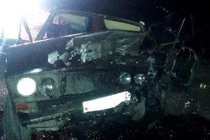 На Донбассе два авто превратились в груду металла