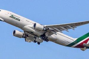 Крупнейшая итальянская авиакомпания Alitalia вернулась в Украину