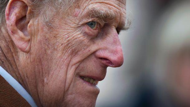 Сбор всего персонала двора неявляется поводом для тревоги— Букингемский дворец