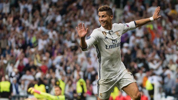 Роналду стал первым спортсменом, набравшим 100 млн фанатов в Инстаграм