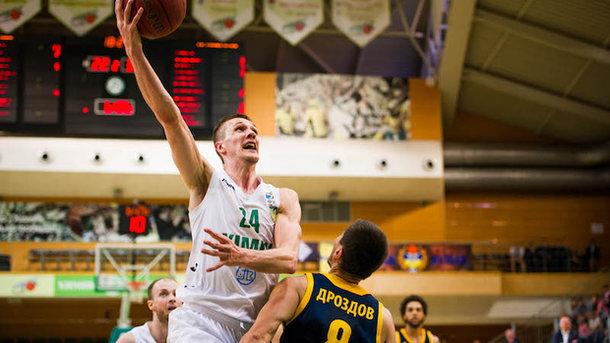 Баскетбольный «Будивельник» обыграл навыезде «Химик» ивплотную приблизился кзолоту Суперлиги