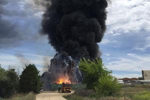 В пригороде Мадрида произошел взрыв на химзаводе, есть пострадавшие