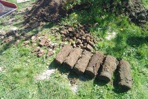 Под Киевом возле детской площадки нашли артиллерийские снаряды