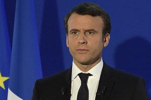 """В Соцпартии Франции начались """"зачистки"""" сторонников Макрона"""