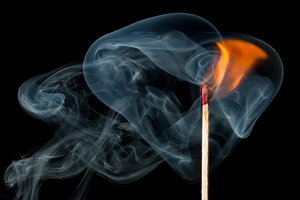 Смертельный пожар унес жизни двух человек в Кировоградской области
