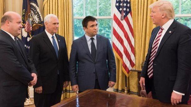 Трамп вВашингтоне обсудил сКлимкиным дальнейшую поддержку Украины
