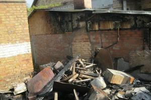 В Киеве ночью горела частная усадьба