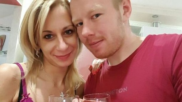 Украинского футболиста обвинили впричастности кпадению девушки сдевятого этажа