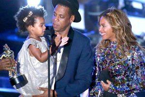 На Бейонсе и Jay-Z подали в суд из-за дочери