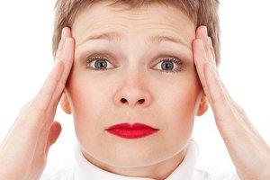 Головная боль может быть ответом организма на внутренние переживания человека