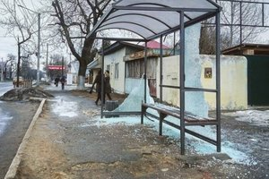 В Одессе вандалы разбили новые остановки: на ремонт уйдет солидная сумма
