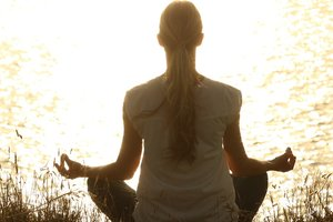 Йога помогает устранить симптомы депрессии - ученые