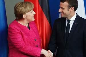Меркель и Макрон будут вместе реформировать ЕС