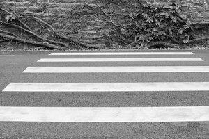 В Одессе под колесами автомобиля погиб мужчина