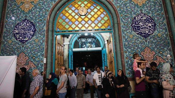 В Иране завершилось голосование на президентских выборах