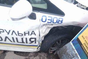 В Одессе произошло ДТП с авто полицейских: пострадали девушки