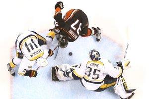 """""""Нэшвилл"""" вышел вперед в полуфинальной серии плей-офф НХЛ"""
